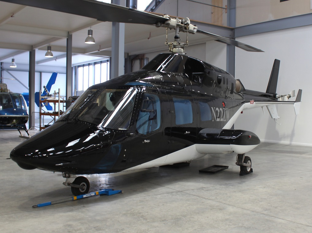 bell helicopter parts with Bell 222 Helicopters For Sale on Bell Jetranger 206 B3 1979 in addition 1999lear45l as well Robinson R2244 Controls additionally Bell 222 Helicopters For Sale together with Flight Replicas Cac Boomerang Ca 12 Ca 13 Fsx.
