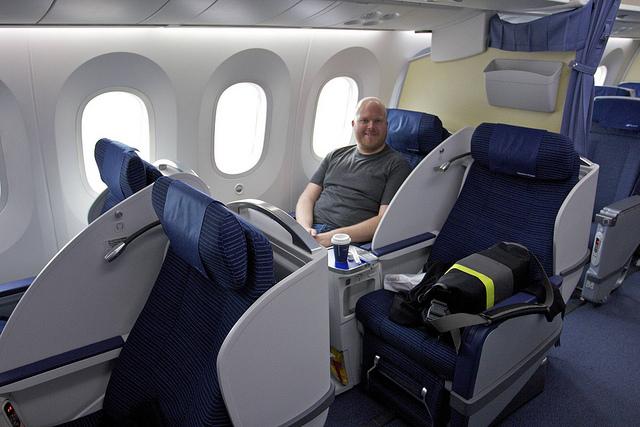 Boeing 787-8 Dreamliner Boeing 787-8 Dreamliner 2