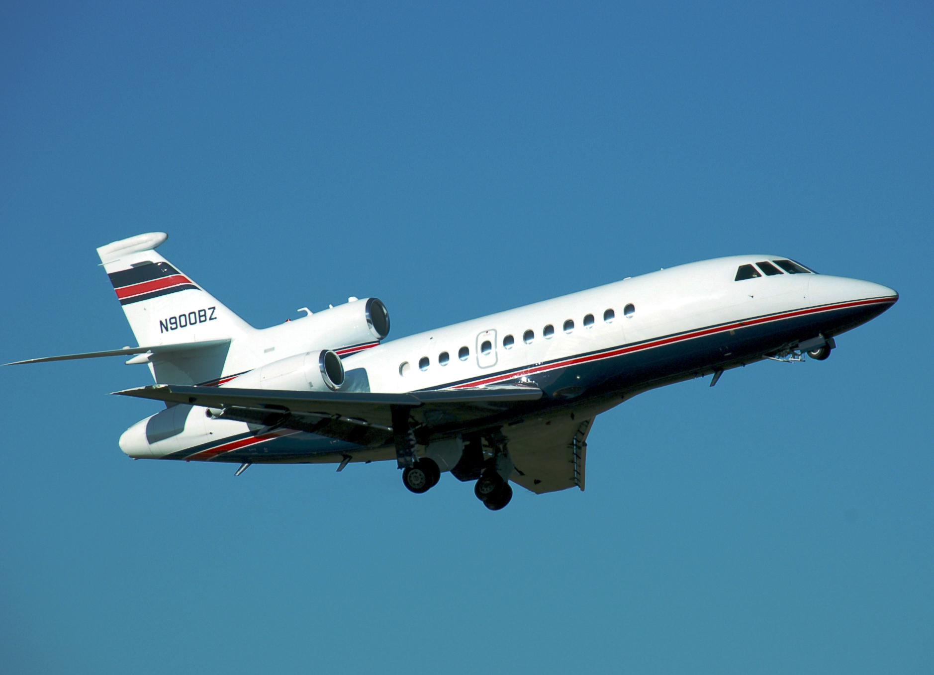 Cool jet airlines dassault falcon 900 dx interior - Filename Dassault Falcon 900 01 Jpg