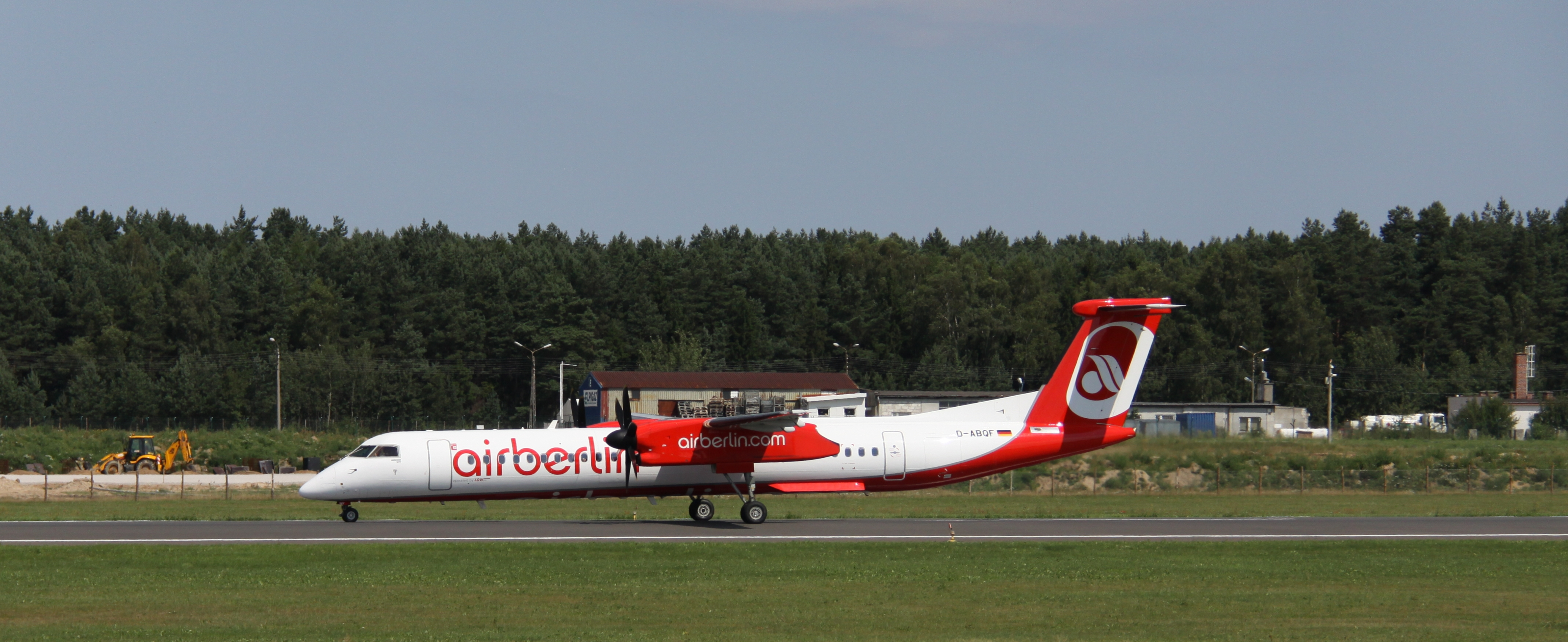 De Havilland Canada DHC-8-400 Dash 8 next