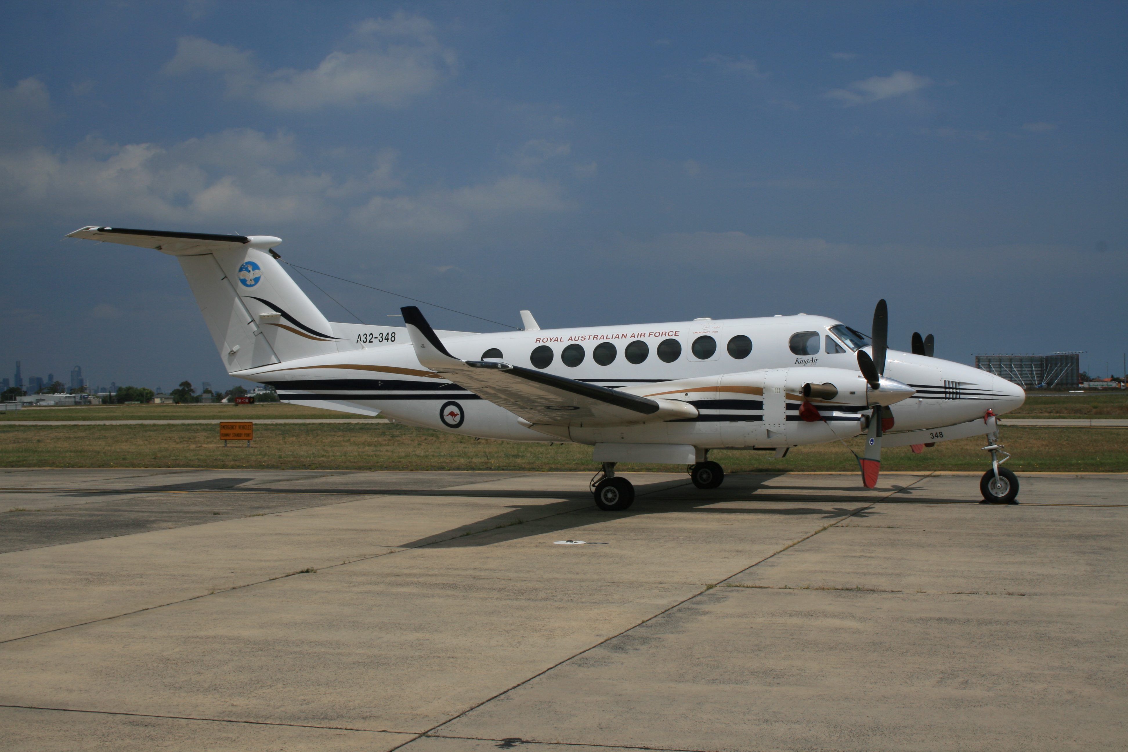 Raytheon 90/100 King Air #4