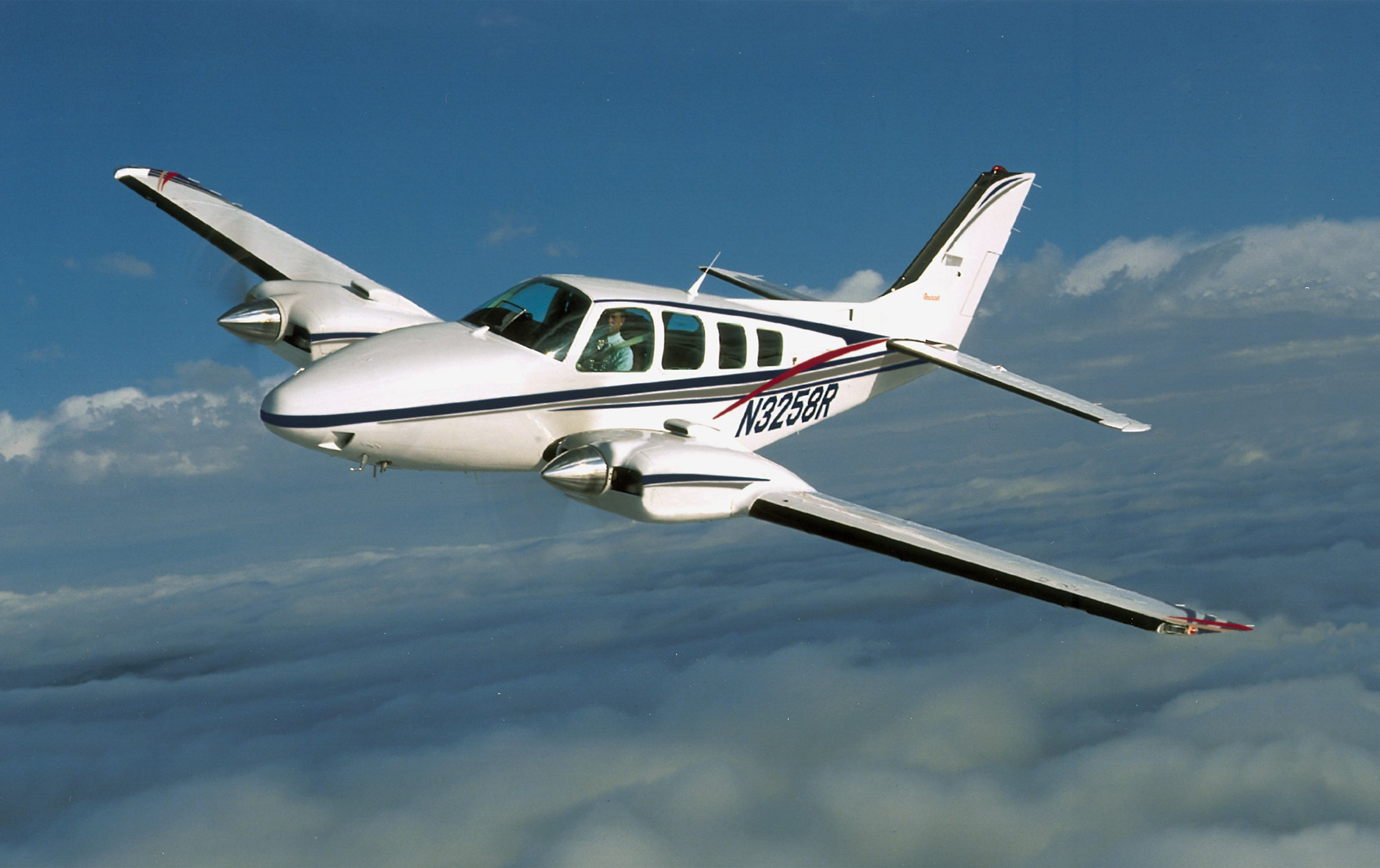 Raytheon Beechcraft Baron #5