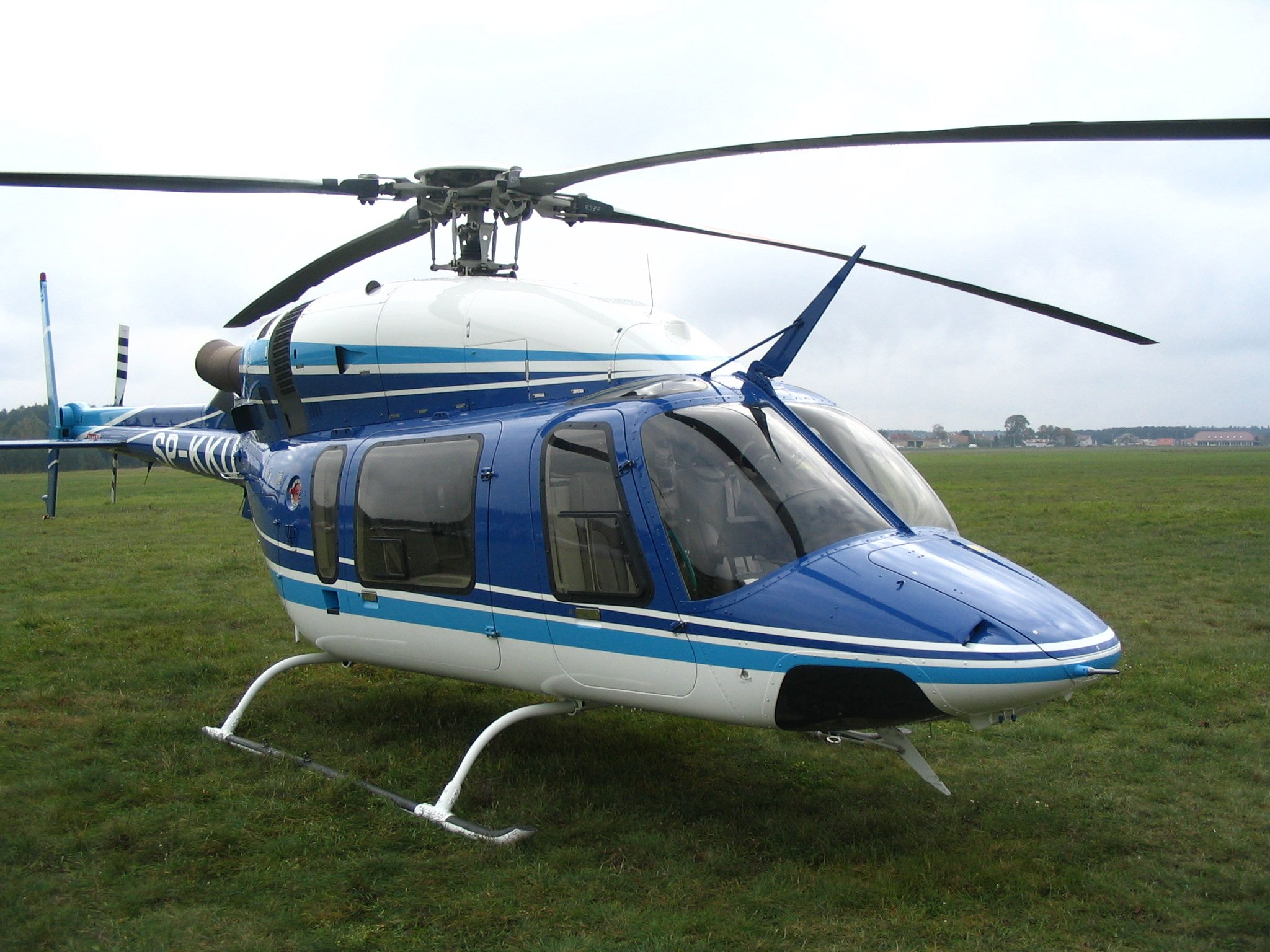 bell 430 pilot with Bell 427 on Main rotor head and swashplate assembly of a also Airwolf in addition Aircraft Systems additionally Default besides 2000 Bell430.