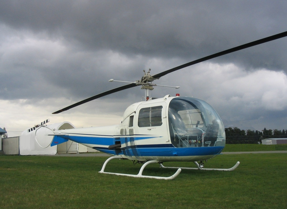 images of helicopter with Bell 47 07 on Bell 47 07 furthermore Toyota Hilux 2554 in addition Agustawestland Aw 149  agustawestland 104753 large likewise Helicopter Anti Submarine Squadron 10 in addition Helicopter Anti Submarine Squadron Light 34.