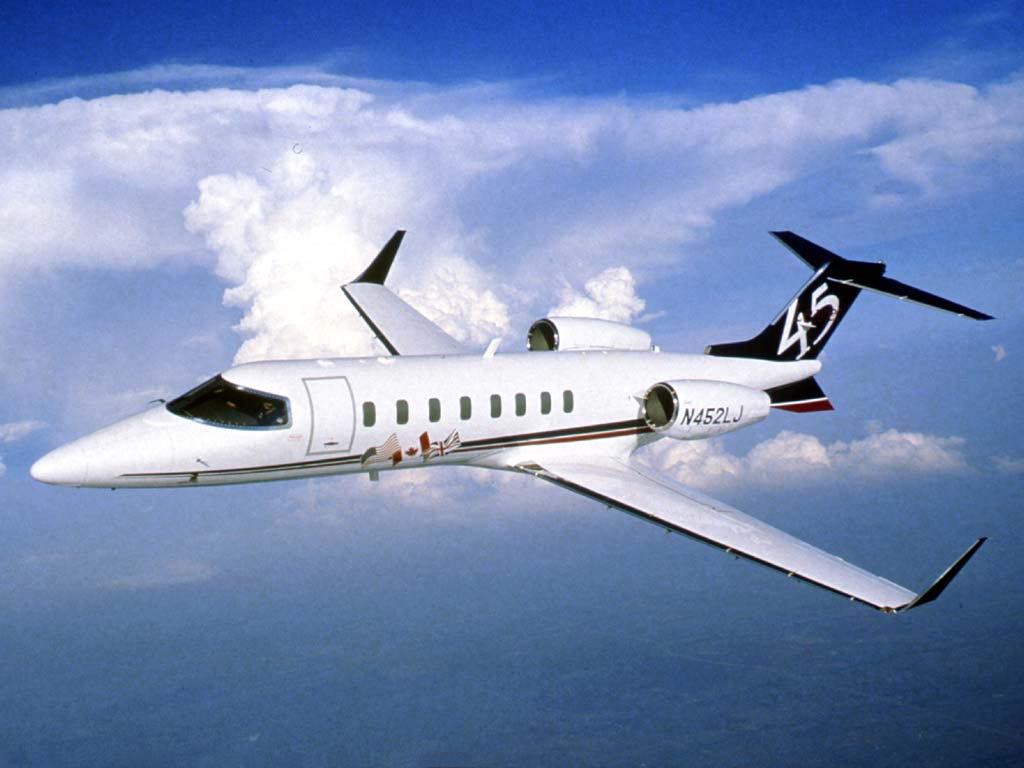 Bombardier Learjet 45, pictures, technical data, history - Barrie ...