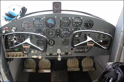 Cessna 150 & 152, pictures, technical data, history - Barrie